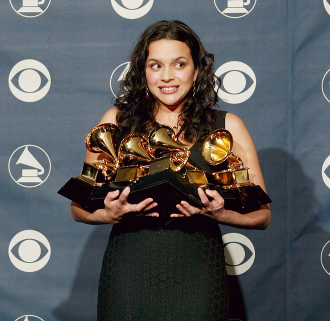 Armful-Of-Grammys-Norah-Jones-01.jpg