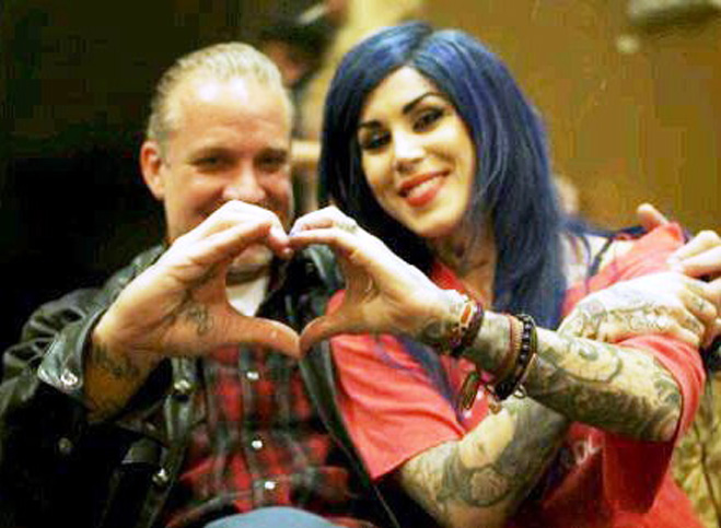 Hand-Heart-Kat-Von-D-Jesse-James.jpg