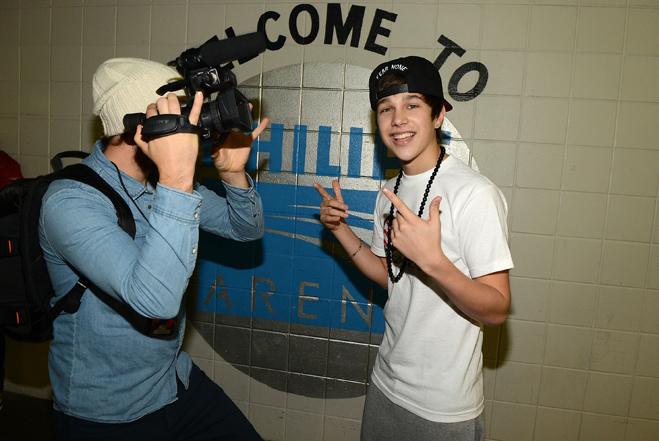 Austin-Mahone-Pop-Off-Slideshow-02.jpg