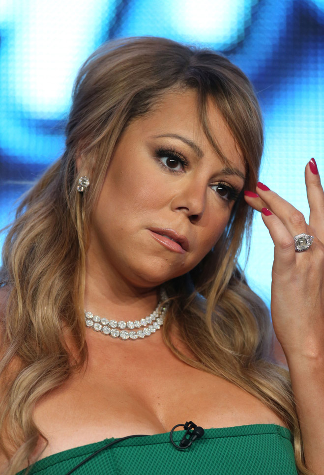 Mariah-Carey-Birthday-Hair-Touching-01.jpg
