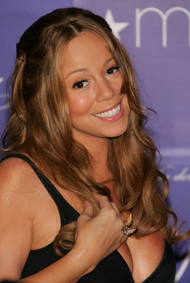 Mariah-Carey-Touching-Her-Hair-12.jpg