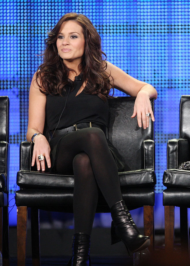 Idol-Hands-Kara-Dioguardi-Reveal.jpg