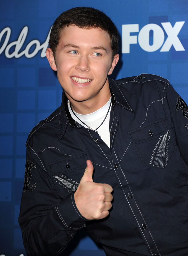 Idol-Hands-Scotty-McCreery-Reveal.jpg