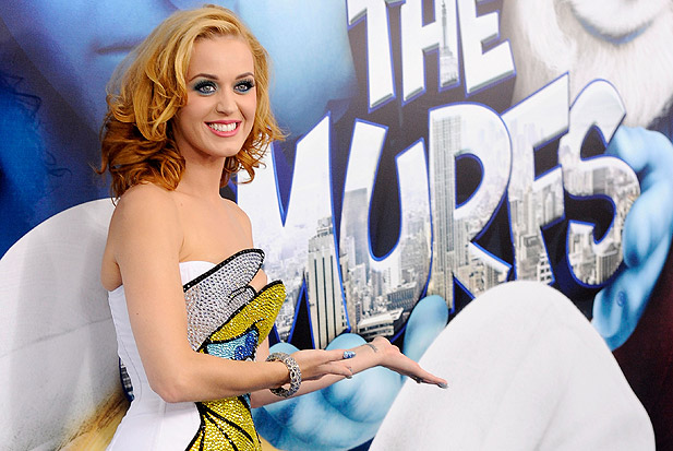 2011-katy-perry-smurfs.jpg