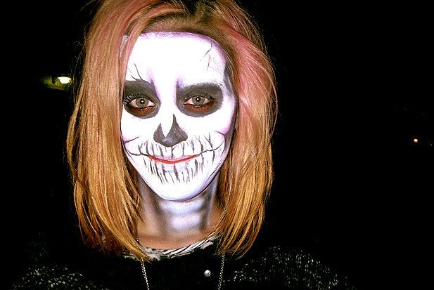 katy-perry-halloween-skeleton.jpg