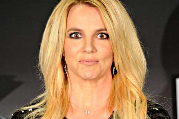 britney-spears-face