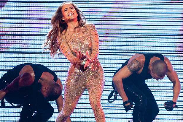 jennifer-lopez-crying-mohegan-sun