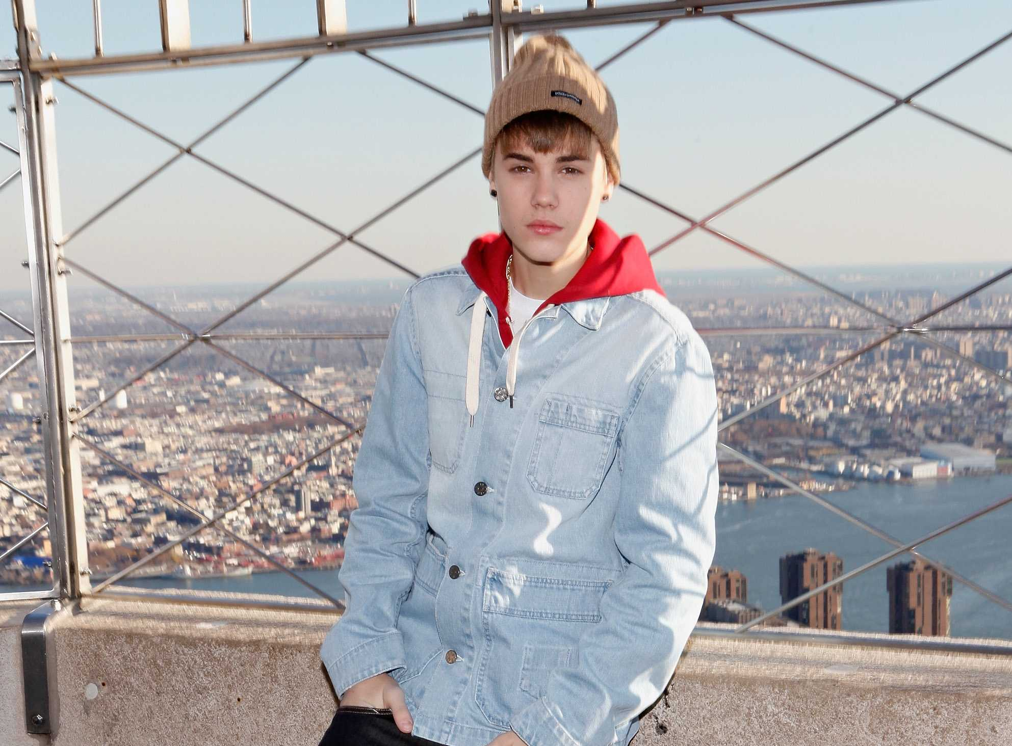 Justin-Bieber-Empire-State-Building