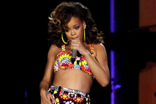 Rihanna Performs At The O2 Arena - Loud Tour