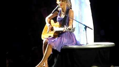 taylor-swift-cry-me-a-river