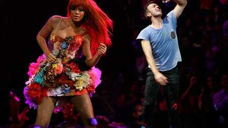 rihanna-chris-martin