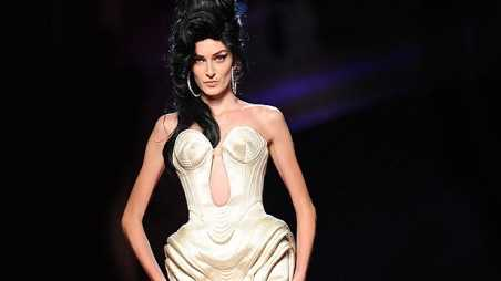 amy winehouse fashion show jean paul gaultier 2012