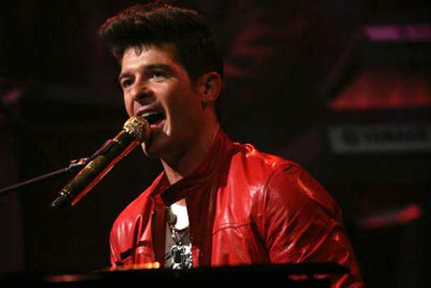 robin-thicke-late-night-jimmy-fallon