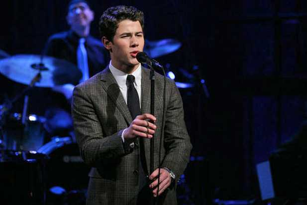 nick-jonas-fallon