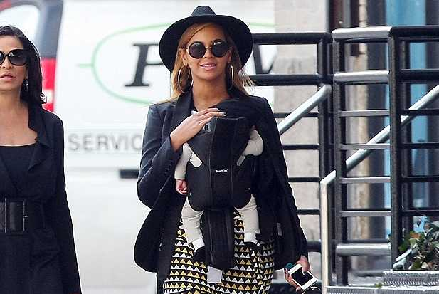 Beyonce goes for a stroll in New York City with her baby Blue Ivy and mom Tina Knowles