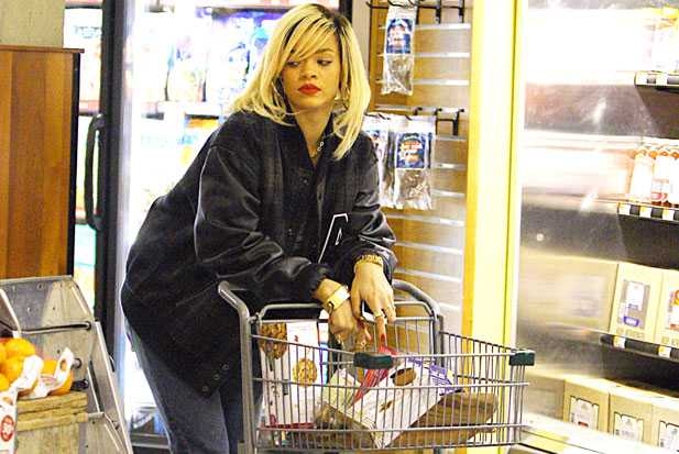 rihanna-whole-foods-holding