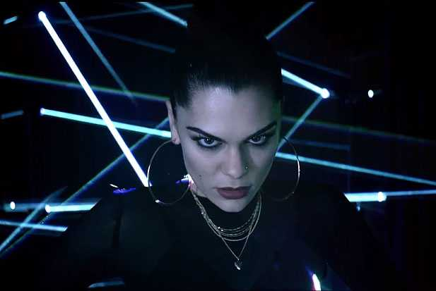 jessie-jlaser-light
