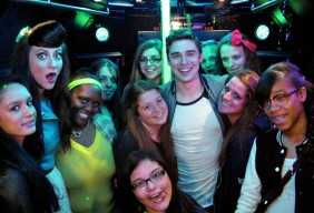 karmin-party-bus