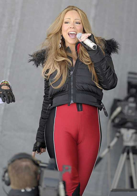... Mariah Carey performing in Austria, featuring guest artist Camel Toe