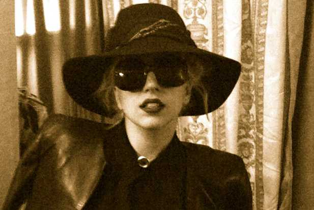 Lady Gaga twitpic for Sticky - holding image