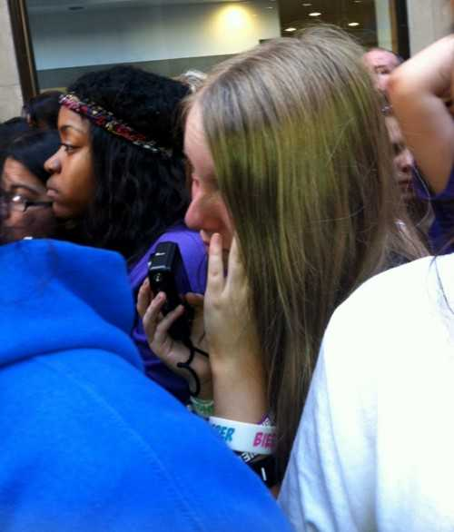 Justin Bieber Today Show Performance - Crying Belieber - embed image