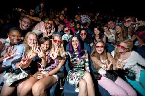 Katy Perry Gallery: Fans