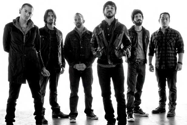 Linkin Park - giveaway - holding