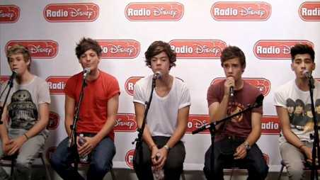One Direction sings for radio disney - holding