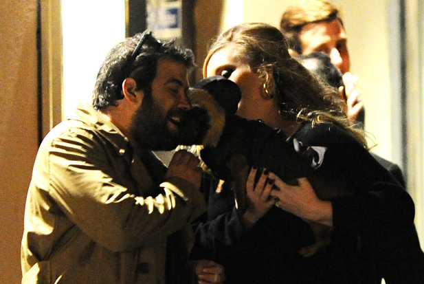 adele-simon-dog-hold
