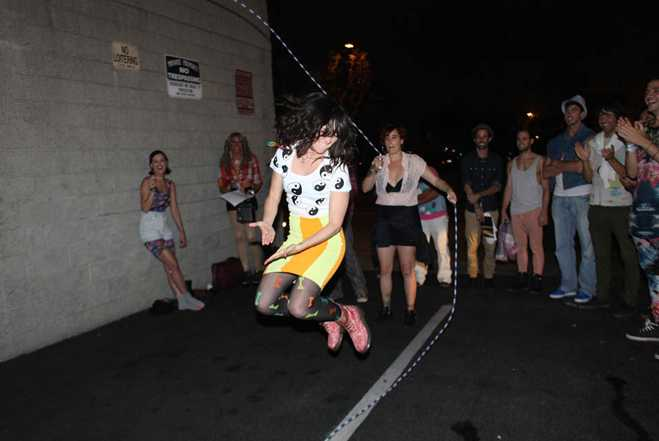 katy-perry-roller-skating-party11