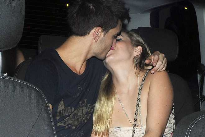 Tom Parker Kisses Girlfriend