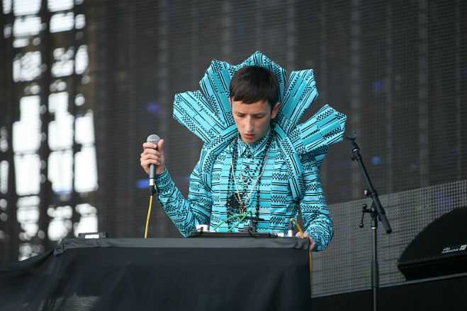 Lallapalooza Style Totally Enormous Extinct Dinosaurs