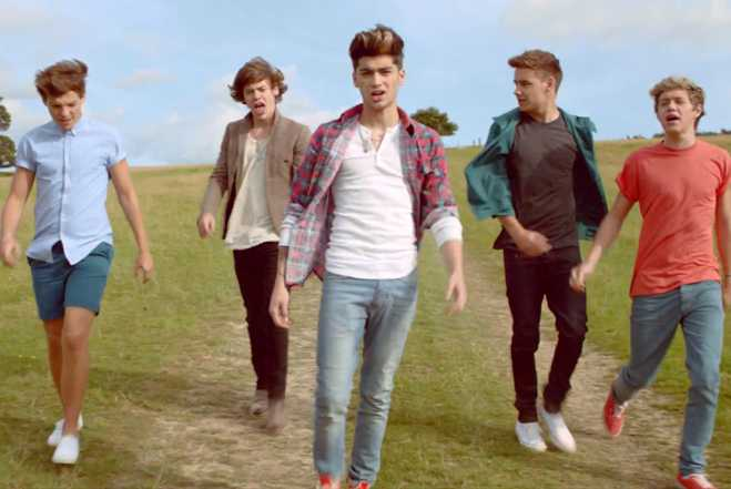 One Direction Video Live While We're Young