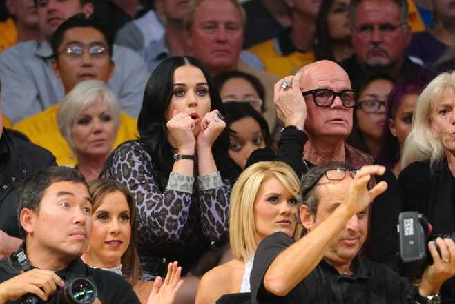 Sticky Katy Perry Keith Hudson Lakers Game