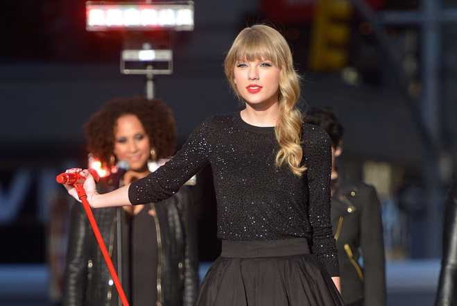 Taylor Swift Honored By Kennedys