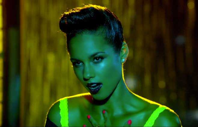 Alicia Keys Girl on Fire Video