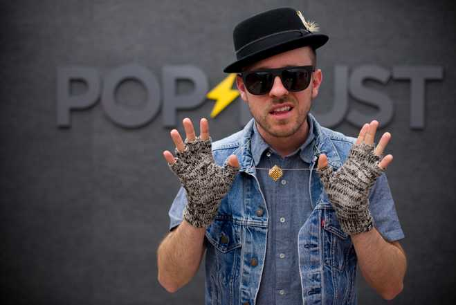 Wallpaper Popdust Interview