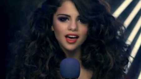 Selena Gomez Love You Like a Love Song Video