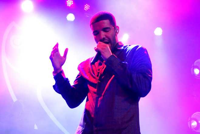 "INDIANAPOLIS, IN - FEBRUARY 03:  Rapper Drake performs at ESPN The Magazine's ""NEXT"" Event on February 3, 2012 in Indianapolis, Indiana.  (Photo by Theo Wargo/Getty Images for ESPN)"