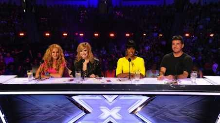 demi-lovato-kelly-rowland-x-factor-season-3-panel-pics-01