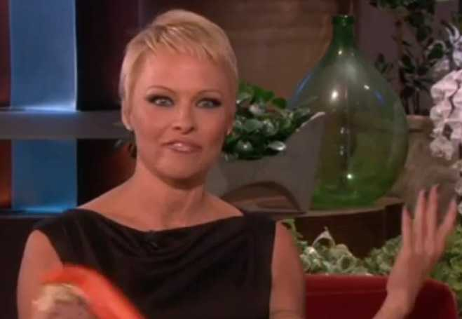 pamela anderson pixie cut pixie haircut pamela anderson shocks fans ...