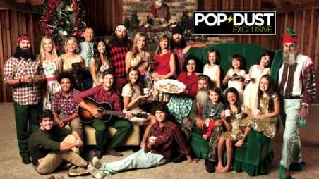 duck-dynasty-family-holiday-photo-FR