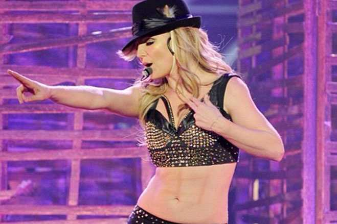 Britney Spears Fake Abs Workout Routine