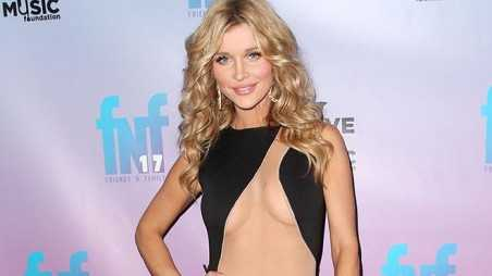 Joanna Krupa Naked Dress Photos Paris Hilton