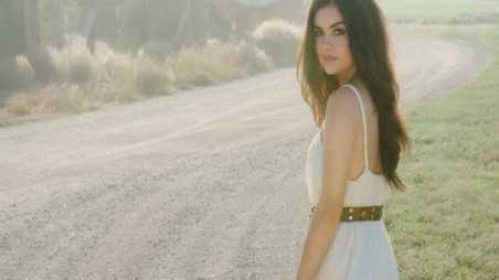 Lucy-Hale-Featured