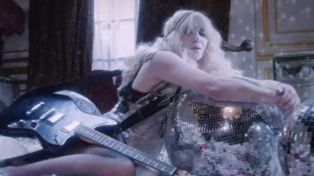 Courtney Love Feature