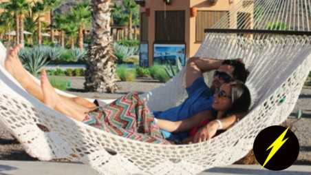 Matt Leinart photos Josie Loren bikini Vacation