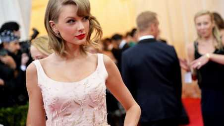Taylor Swift Feature