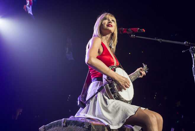 Taylor Swift's RED Tour - Los Angeles - 8/24/2013