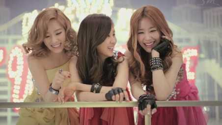 Girls' Generation TaeTiSeo feature